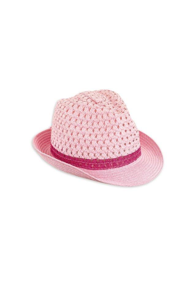 Hat - light pink