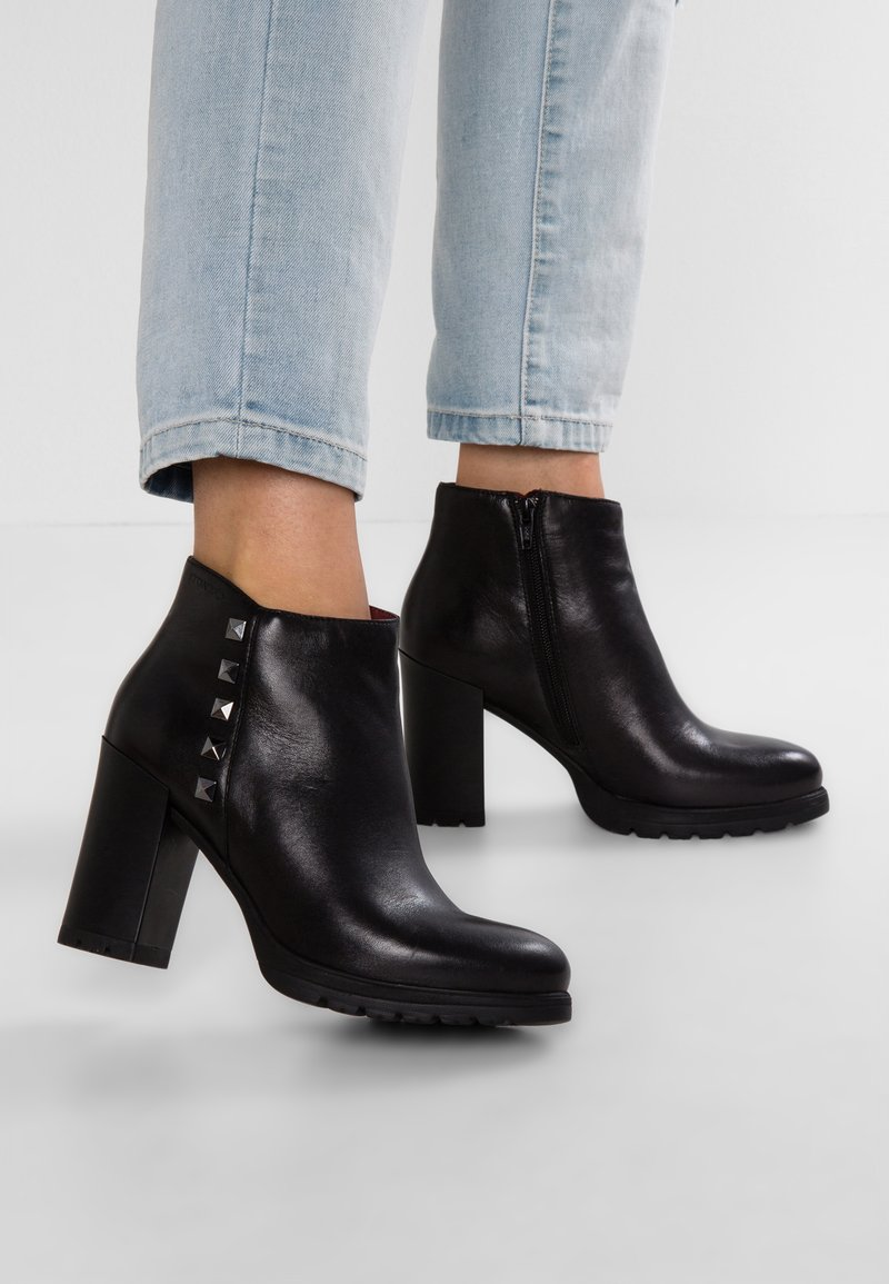 Stonefly - OVER  - High heeled ankle boots - black