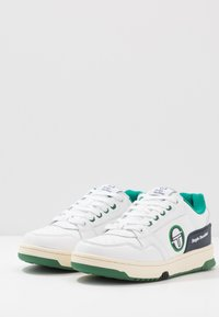 sergio tacchini - REVIEW - Tenisky - white/navy/green - 2