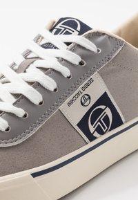 sergio tacchini - SET - Sneakers - gray - 5