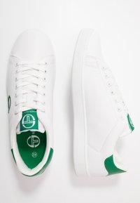 sergio tacchini - GRAN TORINO - Tenisky - white/golf green - 1