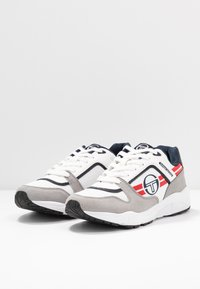 sergio tacchini - SONIC AUTHENTIC - Tenisky - white/deep/red - 2