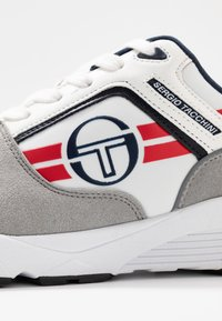 sergio tacchini - SONIC AUTHENTIC - Tenisky - white/deep/red - 5