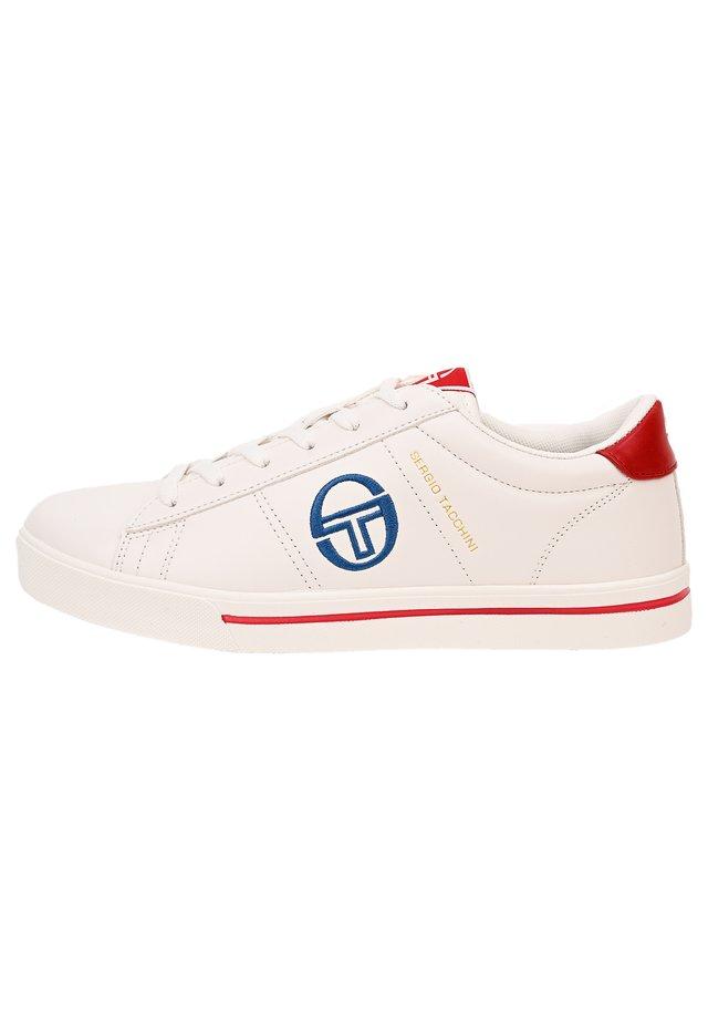 SNEAKER NOW LOW - Sneaker low - wht/royred