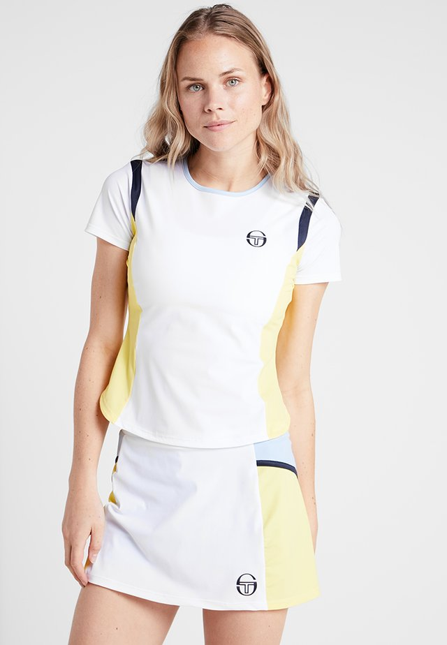 GRACET - T-shirt med print - white/light yellow