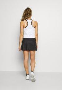 sergio tacchini - TANGRAM SKORT - Sportovní sukně - black/white - 2