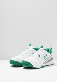 sergio tacchini - MONTE CARLO - Multicourt Tennisschuh - white/green - 2