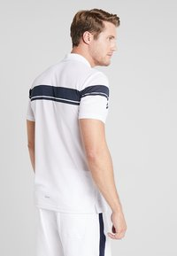 sergio tacchini - YOUNG LINE PRO  - Funktionströja - white/navy - 2
