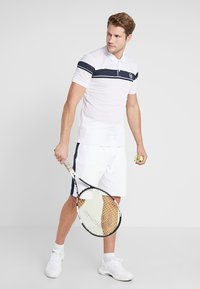 sergio tacchini - YOUNG LINE PRO  - Funktionströja - white/navy - 1