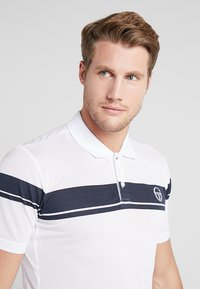 sergio tacchini - YOUNG LINE PRO  - Funktionströja - white/navy - 3