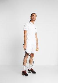 sergio tacchini - Poloshirt - white/navy - 1