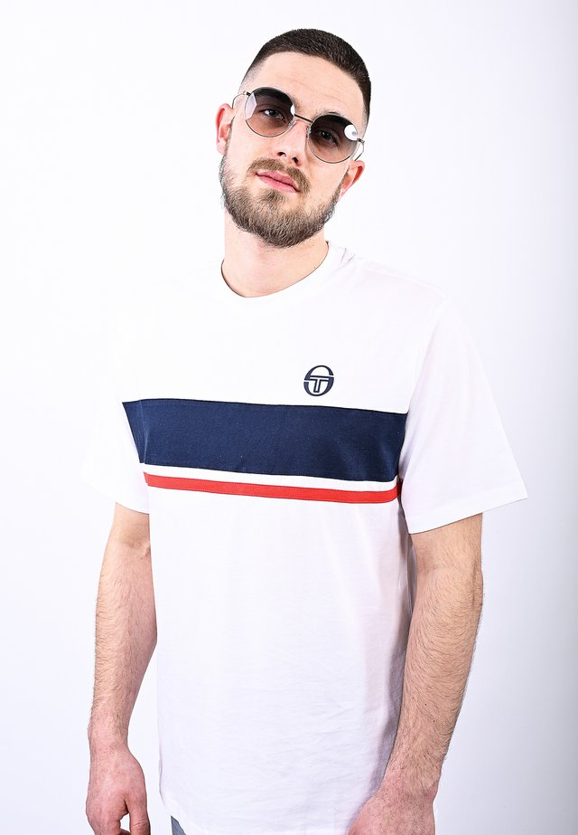 FELUGA T-SHIRT - Print T-shirt - white/navy