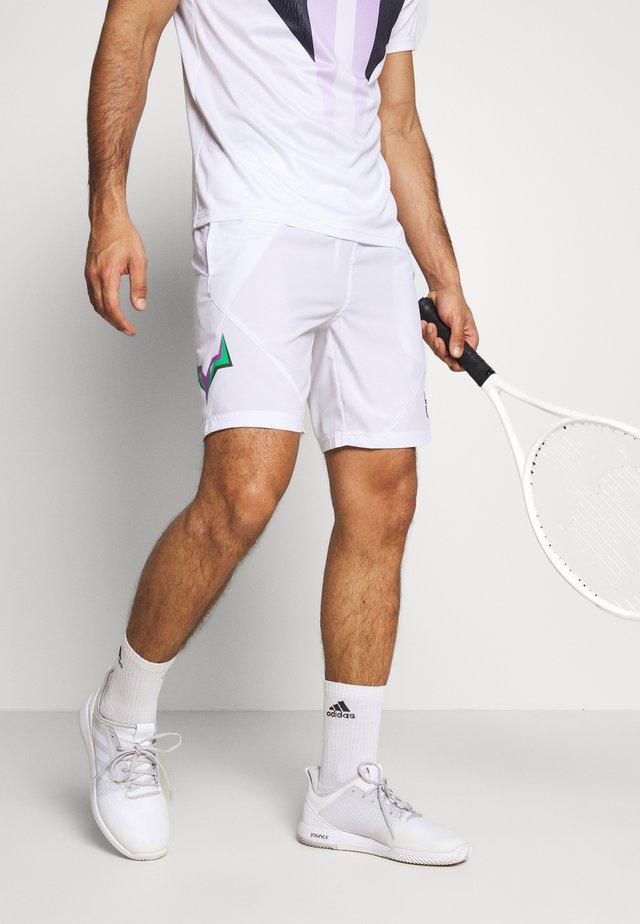 SHORTS - Träningsshorts - white/green