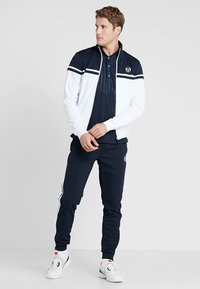 sergio tacchini - YOUNG LINE PRO TRACKTOP - Training jacket - white/navy - 1