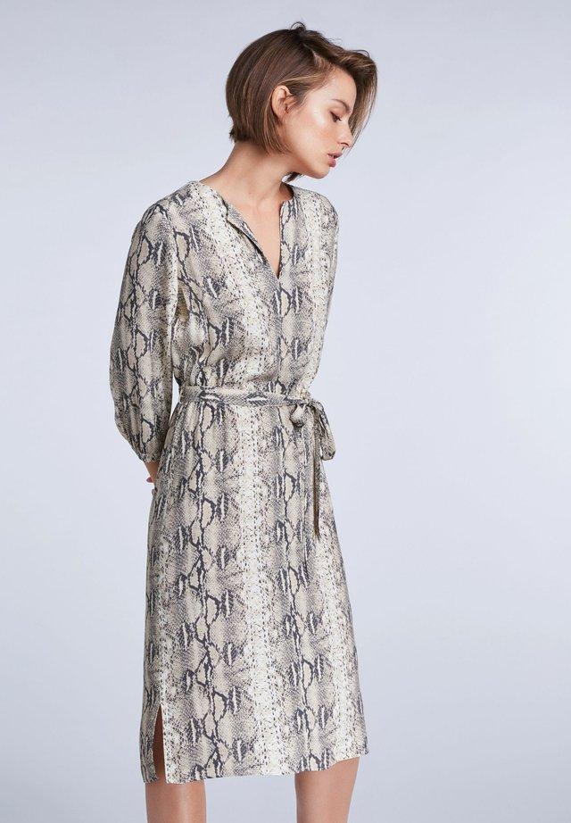 TAILLIERTES  - Day dress - light stone grey