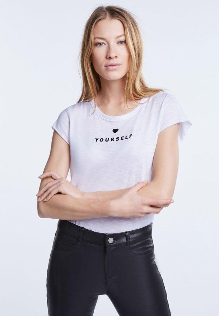 SET - SET - T-Shirt print - bright white