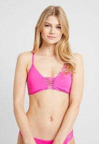 Seafolly - ACTIVE ROULEAU BRALETTE - Bikini top - ultra pink - 0