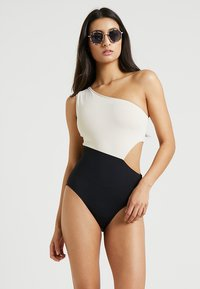Seafolly - POPBLOCK ONE SHOULDER MAILLOT - Maillot de bain - black
