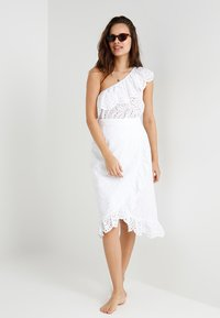 Seafolly - ONE SHOULDER BRODERIE - Complementos de playa - white - 1