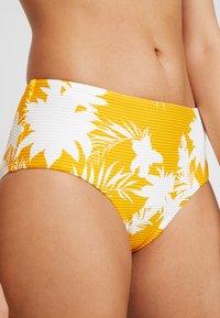 Seafolly - WILD TROPICS WIDE SIDE RETRO - Bikini bottoms - saffron - 4