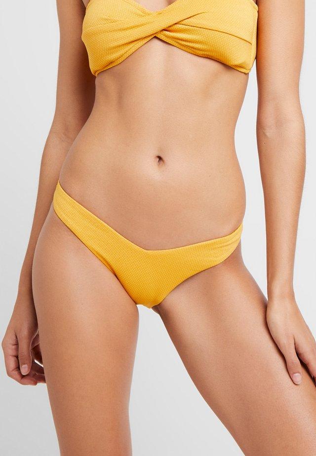 STARDUST-V HIGH CUT RIO - Bikini-Hose - saffron