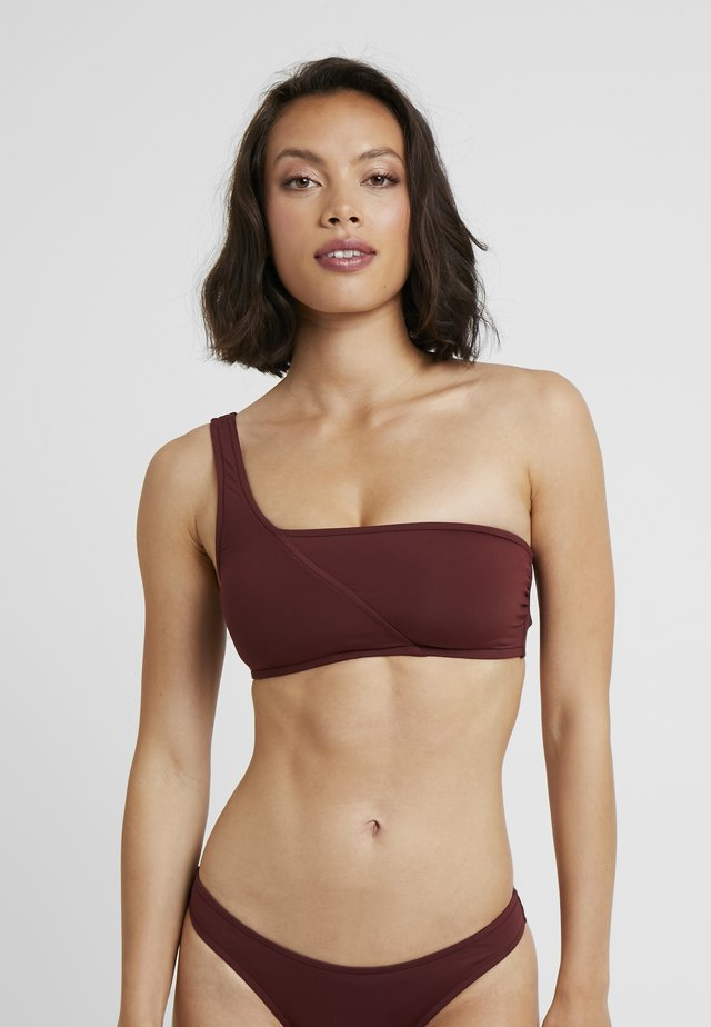 ACTIVE ONE SHOULDER BANDEAU - Top de bikini - plum