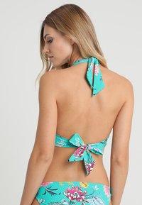 Seafolly - WATER GARDEN SUSTAINABLE TWIST SOFT CUP HALTER - Top de bikini - evergreen - 2