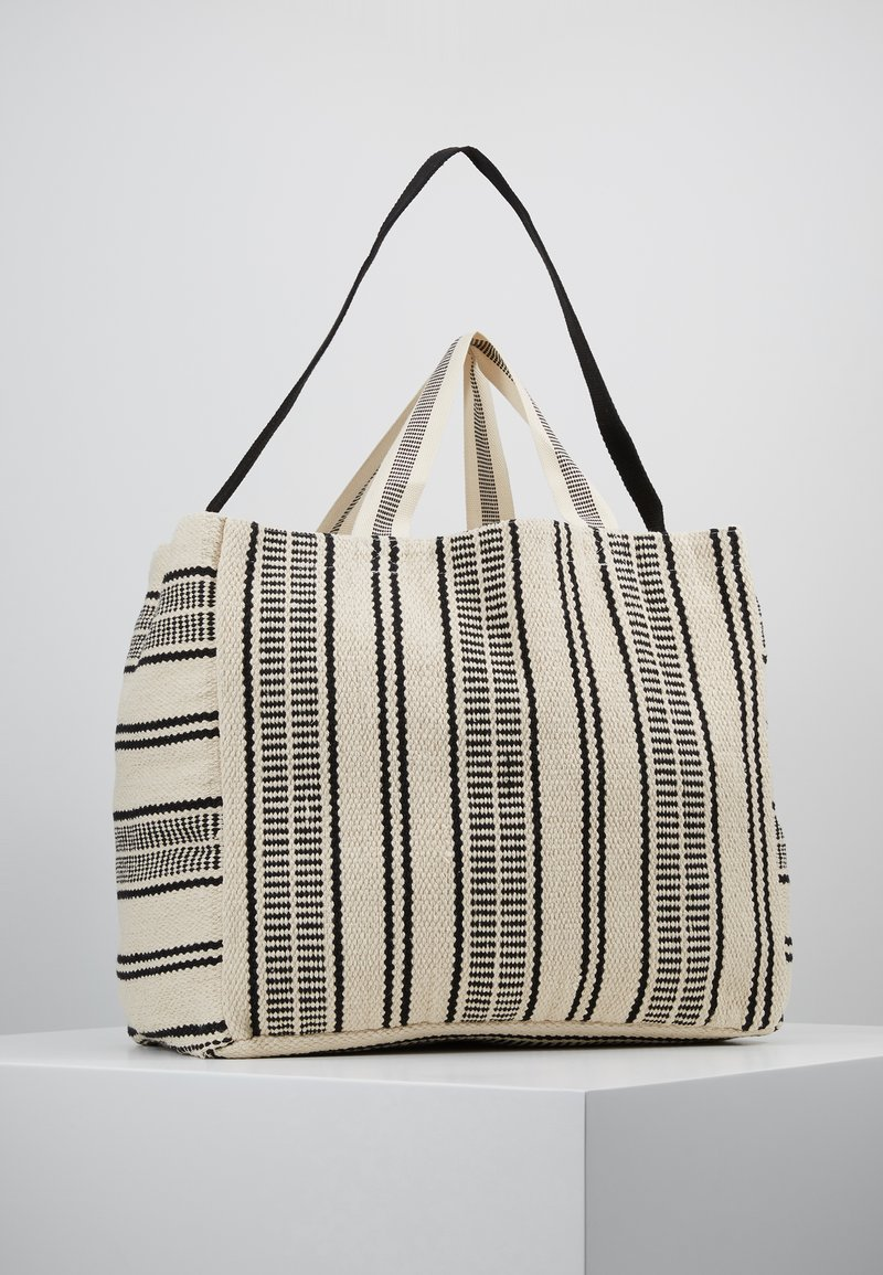 Seafolly - CARRIED AWAY ESSENTIAL STRIPE BEACH TOTE - Jiné - white/black