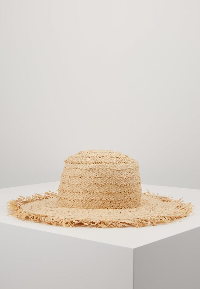 SHADY LADY FRINGED BEACH HAT - Hattu - natural