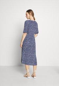 Seraphine - BEA MIDI TUCK TIE DRESS - Jersey dress - navy floral - 2