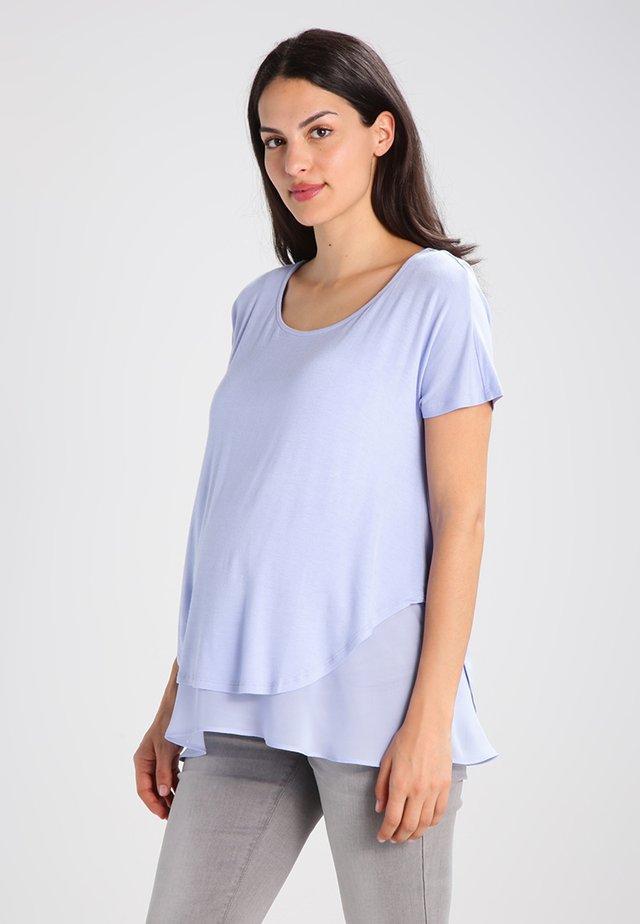 ROXANNE NURSING - T-Shirt print - powder blue