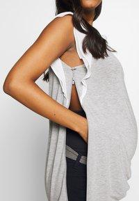 Seraphine - GABRIELLA  WITH TRIM - Camiseta estampada - grey/white - 5