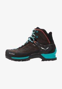 Salewa - MTN TRAINER MID GTX - Hiking shoes - magnet/viridian green - 1