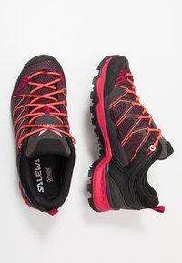 Salewa - MTN TRAINER LITE GTX - Hiking shoes - virtual pink/mystical - 1