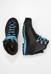 Salewa - CROW GTX - Mountain shoes - premium navy/ethernal blue - 1
