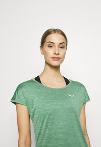 Salewa - PUEZ DRY TEE - T-shirt print - feldspar green melange - 3