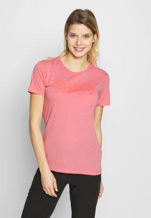 GRAPHIC TEE - Print T-shirt - shell pink melange