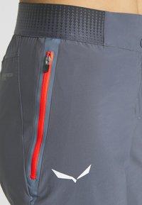 Salewa - PEDROC CARGO - Sportovní kraťasy - ombre blue - 4