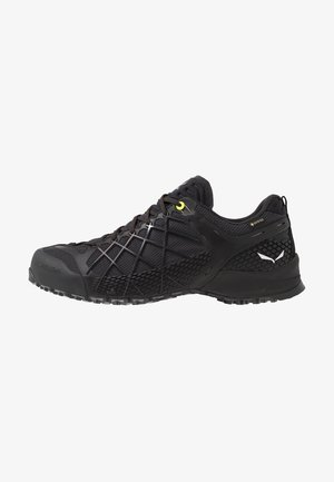 MS WILDFIRE GTX - Zapatillas de senderismo - black out/silver