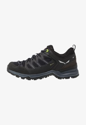 MTN TRAINER LITE GTX - Hiking shoes - black
