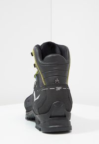 Salewa - RAPACE GTX - Obuwie górskie - night black/kamille - 3