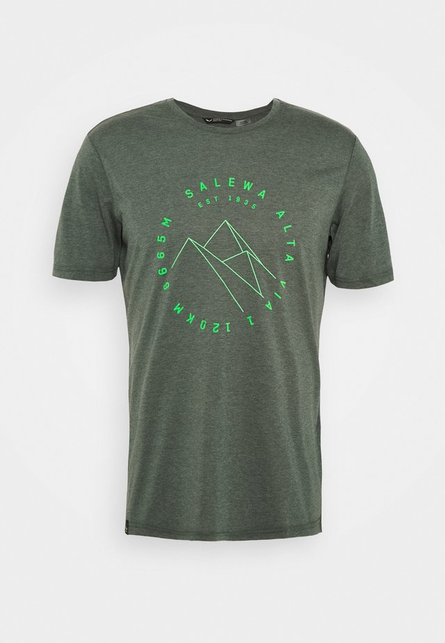 ALTA VIA DRY TEE - T-shirt print - deep forest melange