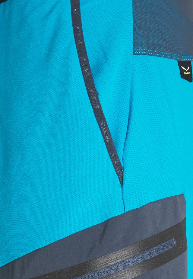 PEDROC BERMUDA - Shorts - blue danube