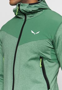 Salewa - AGNER HYBRID - Outdoorová bunda - feldspar green - 4