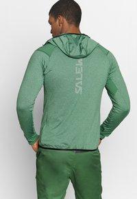 Salewa - AGNER HYBRID - Outdoorová bunda - feldspar green - 2