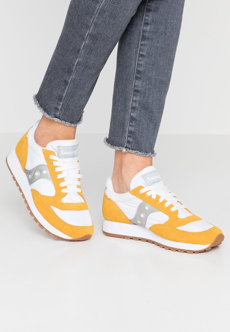 Saucony - JAZZ VINTAGE - Zapatillas - white/yellow/silver