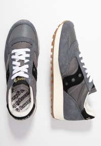 Saucony - JAZZ VINTAGE - Trainers - grey/black - 3