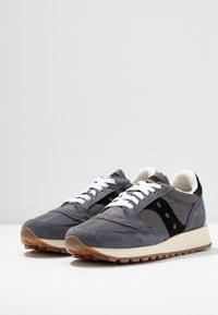 Saucony - JAZZ VINTAGE - Trainers - grey/black