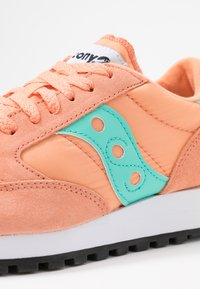 Saucony - JAZZ VINTAGE - Zapatillas - melon/florida keys