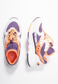Saucony - AYA - Sneaker low - white/purple/orange - 3